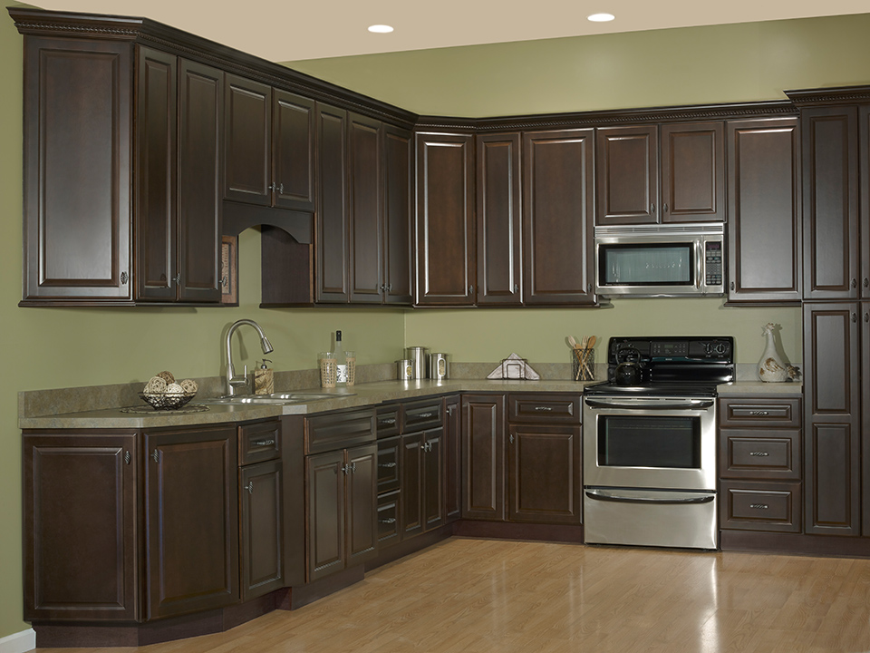 Executive Kitchen Cabinets.On Cape Kitchens Kitchen Cabinets North Eastham